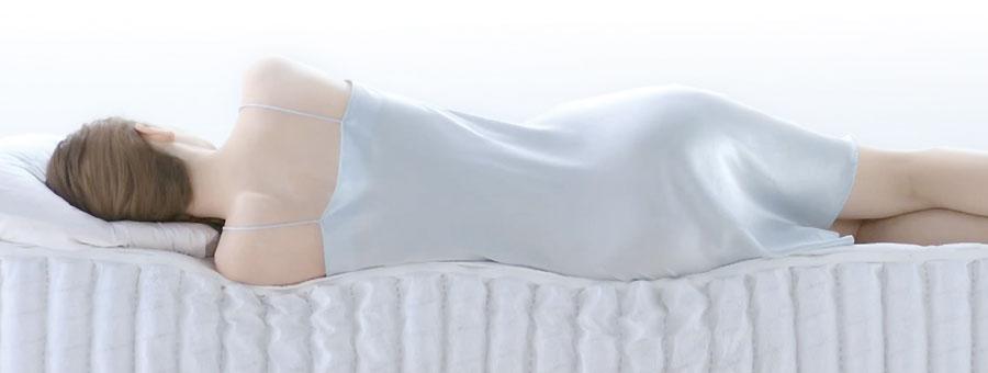 シモンズのマットレスは、眠りの質を、ぐんと高めます。