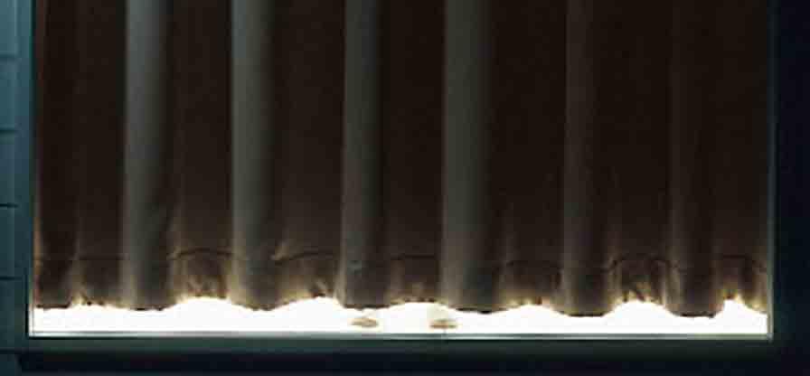 遮光カーテン
