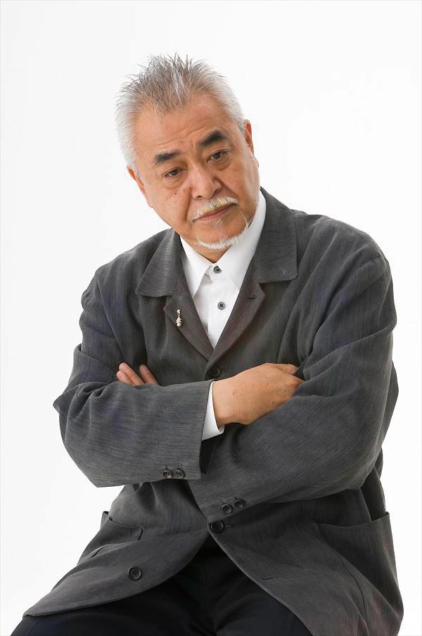 デザイナー 岩倉 榮利(いわくら えいり)